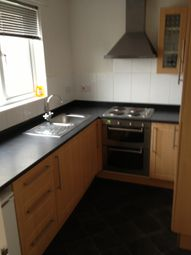Thumbnail 2 bedroom flat to rent in High Street, Hornchurch