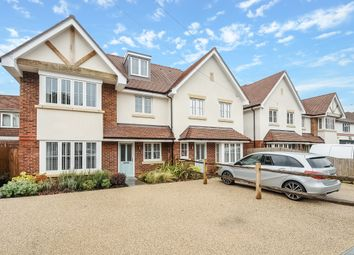 Thumbnail 5 bed property to rent in New Road, Ascot