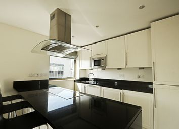 Thumbnail 2 bed flat to rent in Wheatsheaf Terrace, Fulham