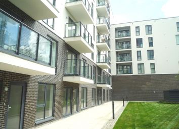 Thumbnail 1 bed property to rent in Guildford Road, Hook Heath, Woking