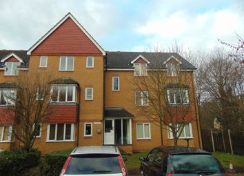 Thumbnail 2 bedroom flat for sale in Redoubt Close, Hitchin