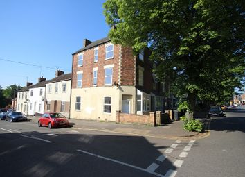 Thumbnail Room to rent in Room 3 Midland Road, Wellingborough, Northamptonshire.