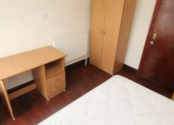 Room to rent in Cathays Terrace, Cathays, Cardiff CF24