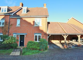 Thumbnail 3 bed town house to rent in Little Court, Grove, Wantage