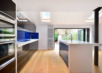 Thumbnail 5 bedroom terraced house to rent in Fairlawn Avenue, Chiswick