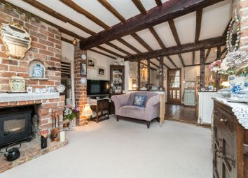 Thumbnail 2 bed cottage for sale in Havelock Place, Ash, Canterbury