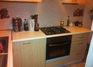 2 bed property to rent in Thornville Mount, Hyde Park, Leeds LS6