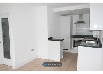 Thumbnail 1 bed flat to rent in Hill Ave, Amersham