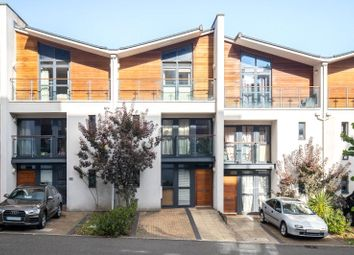 Thumbnail 4 bed detached house to rent in Scott Avenue, London