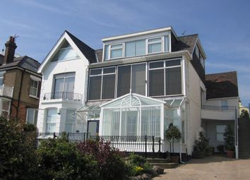 Thumbnail 1 bed flat to rent in Cliff Parade, Leigh-On-Sea