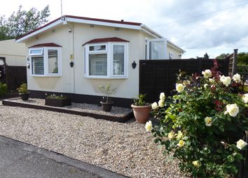 Thumbnail 3 bed mobile/park home for sale in East Hill Park, East Hill Road, Knats Valley, Sevenoaks, Kent