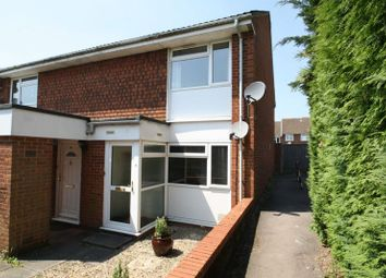 Thumbnail 1 bed flat to rent in Clearbrook Close, High Wycombe
