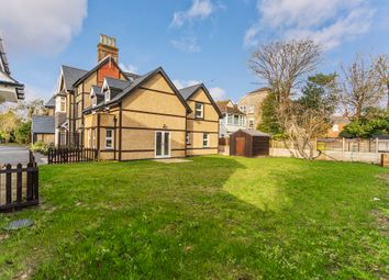 Thumbnail Flat to rent in Wharncliffe Road, Boscombe, Bournemouth