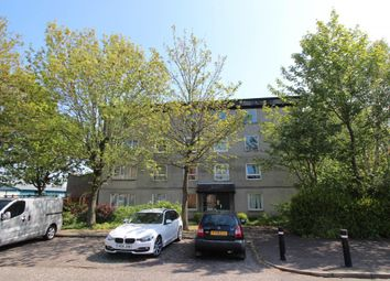 Thumbnail 2 bedroom flat to rent in Glenbervie Road, Grangemouth