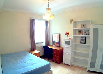 Thumbnail 5 bed shared accommodation to rent in Redclyffe Road, London