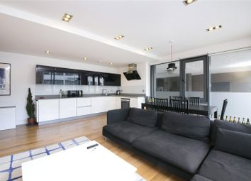 2 bed flat to rent in 1 Baltic Place, Hackney, London N1