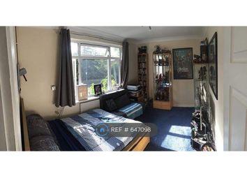 Thumbnail 3 bed maisonette to rent in Windsor Close, Burnham, Slough