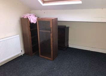 Thumbnail 2 bedroom flat to rent in Barkerend Road, Bradford