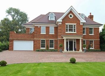 Photo of Warren Drive, Kingswood, Tadworth KT20