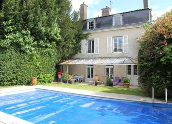 Thumbnail 8 bed town house for sale in Poitiers, Poitou-Charentes, 86000, France