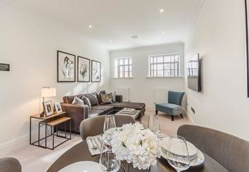 Thumbnail 2 bed flat to rent in 13, Palace Wharf Apartments, London