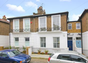 Thumbnail 3 bed cottage for sale in Oak Village, London