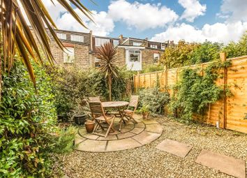 Thumbnail 1 bed flat to rent in Ashbourne Grove, Chiswick
