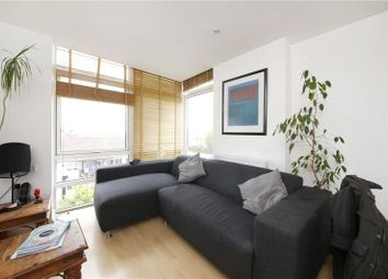 Thumbnail 2 bed flat to rent in Fairlead House, Cassilis Road, Canary Wharf, London