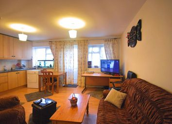 Thumbnail 1 bed flat to rent in Bilton Road, Perivale, Greenford