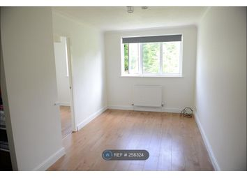 Thumbnail 1 bedroom flat to rent in Glossop, Glossop