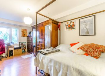Thumbnail 2 bed flat for sale in Brownswood Road, Highbury