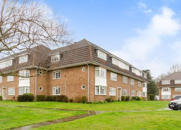 Thumbnail 2 bed flat to rent in Hemingford Road, Cheam