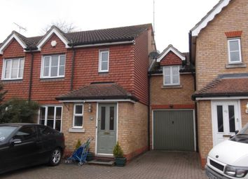 Thumbnail 4 bed property to rent in Oaklands Wood, Hatfield