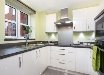 Thumbnail 2 bedroom flat for sale in Ockford Road, Godalming