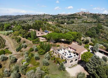 Thumbnail Farmhouse for sale in Panoramic Farmhouse With Swimming Pool, Vineyard And Olive Grove, Città Della Pieve, Perugia, Umbria, Italy