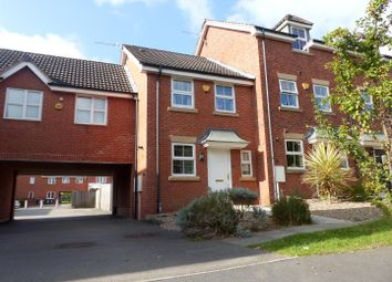 Thumbnail 2 bed town house to rent in Broadlands Close, Sutton-In-Ashfield