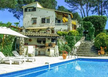 Thumbnail 5 bed villa for sale in Roquefort-Les-Pins, Alpes-Maritimes, France