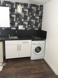 Thumbnail 1 bedroom flat to rent in Queen Street, Leeds