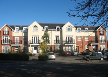 Thumbnail 2 bedroom flat for sale in Mayfair Court, Stonegrove, Edgware, Middlesex