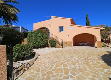 Thumbnail 2 bed villa for sale in Calpe, Valencia, Spain