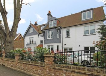 Thumbnail 2 bed flat to rent in Creffield Road, London