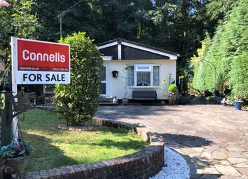Thumbnail 2 bed mobile/park home for sale in Turners Hill Park, Turners Hill, Crawley