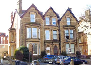 1 bed flat to rent in Clifton Drive North, Lytham St. Annes, Lancashire FY8