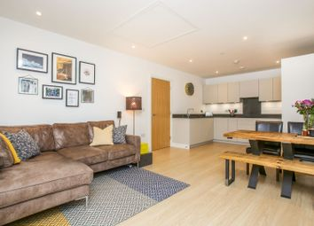 Cherry Orchard Road, Croydon CR0. 2 bed flat for sale