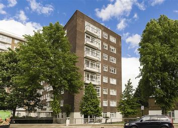 Thumbnail 3 bed flat to rent in Walsingham, London
