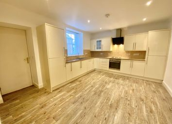 Thumbnail 2 bedroom flat for sale in Townsend Place, Kirkcaldy, Fife