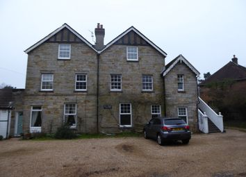 Thumbnail 2 bed flat to rent in Beacon Road, Crowborough