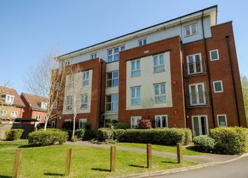Thumbnail 2 bedroom flat to rent in Gordon Woodward Way, East Oxford