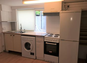 Thumbnail 1 bed flat to rent in Oxford Road, Newbury