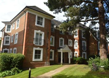 Thumbnail 2 bed flat to rent in Woodside Avenue, Woodside Park, North Finchley